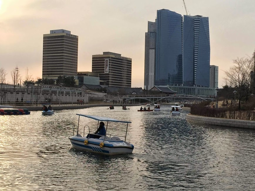 Boating at Songdo Central Park