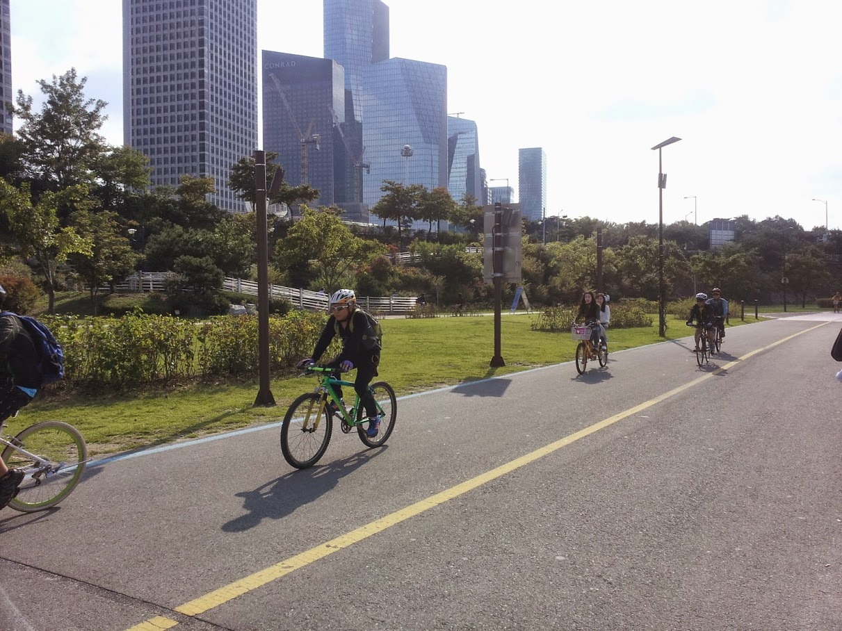 Cycling at Yeouido Hangang Park