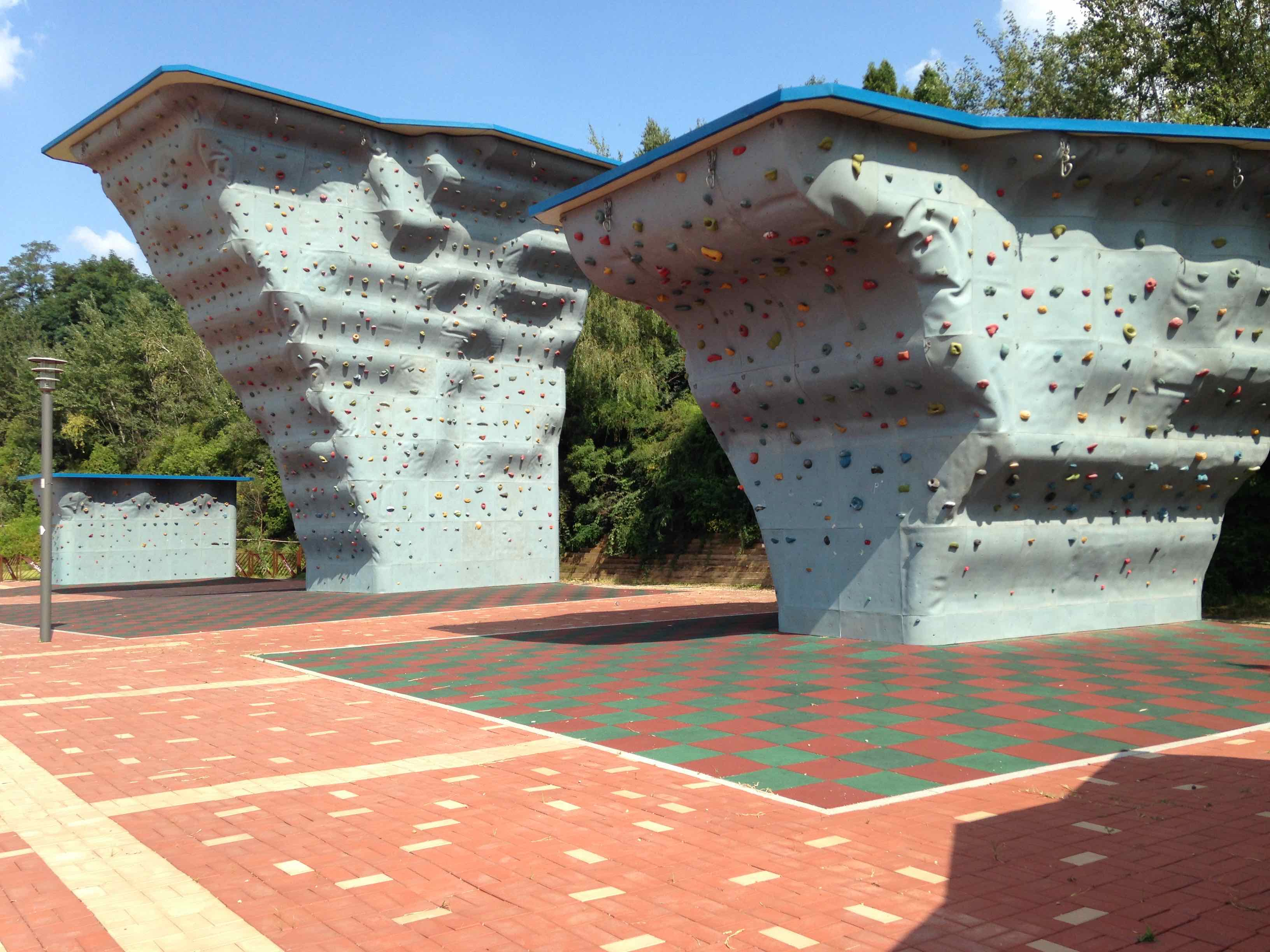 Climbing wall at Unjeong Health Park